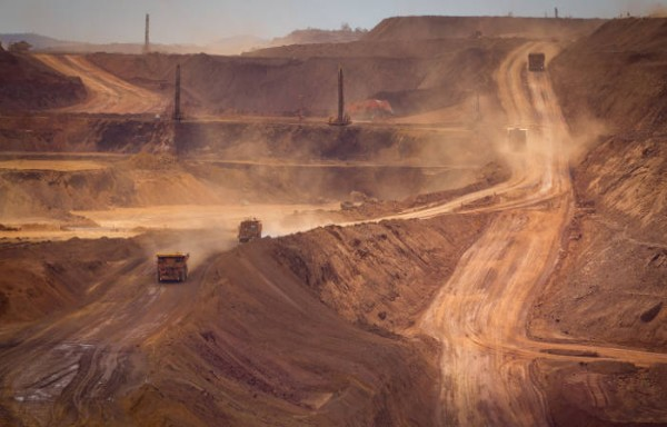 IRON ORE IS THE STAR COMMODITY OF 2019 STILL HUGE RISKS OF RALLY